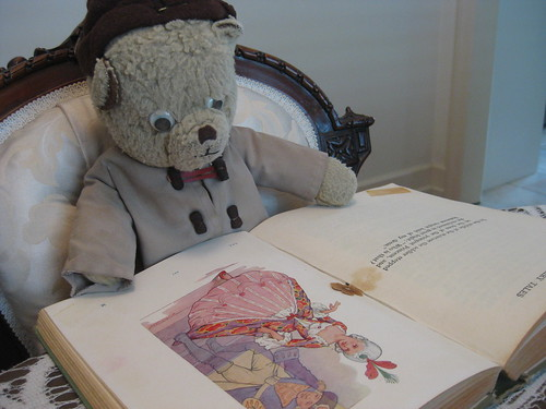 Paddington Reads Grimm's Fairy Tales Illustrated by Harry George Theaker