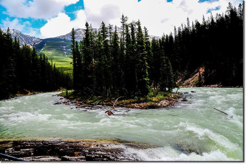 Sunwapta River Falls, Jasper National Park, Alberta, Canada