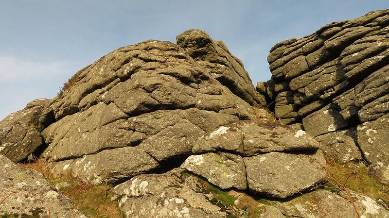 Southcott Rocks upper pile