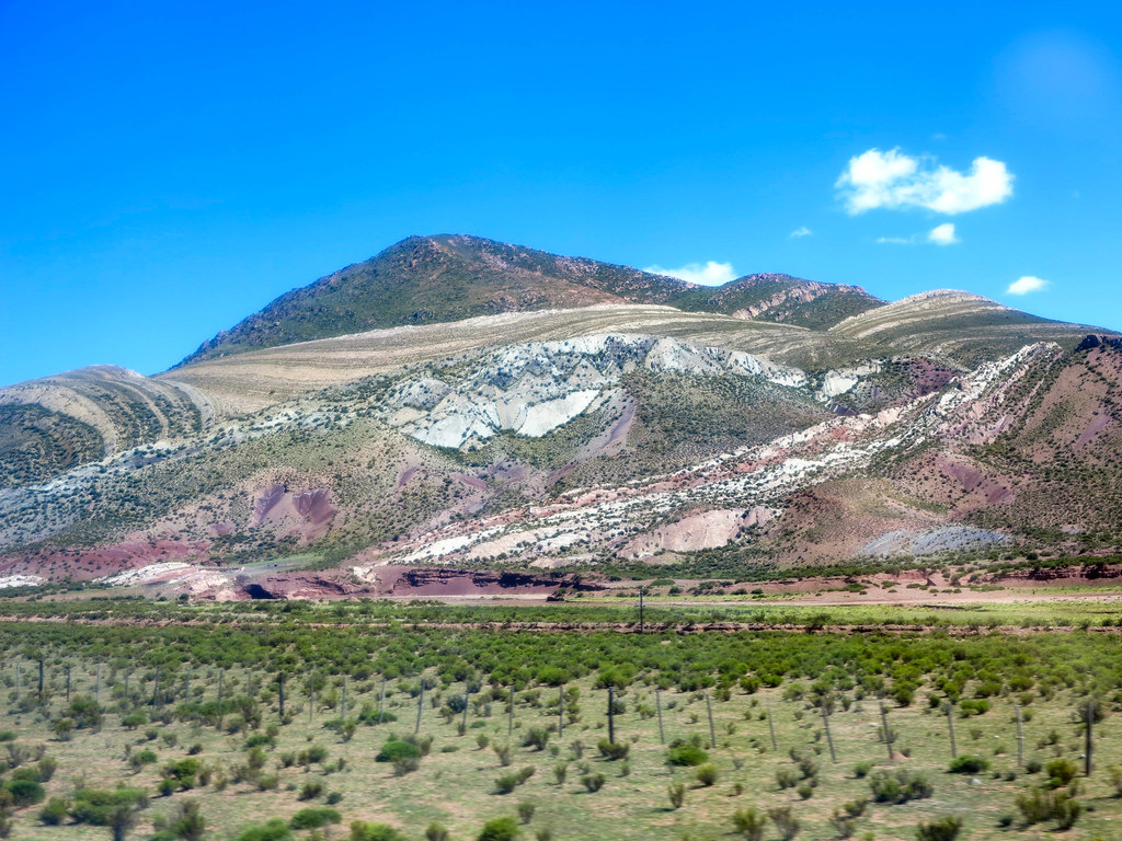 Camino al cerro de los siete colores