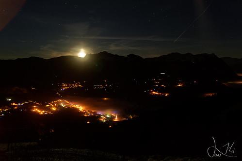 Levé de lune sur Onnion