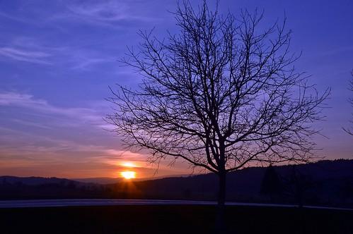 Der erste Sonnenuntergang im Frühling 2019
