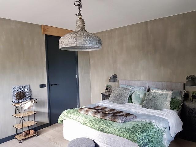 Kalkverf slaapkamer landelijk stoer
