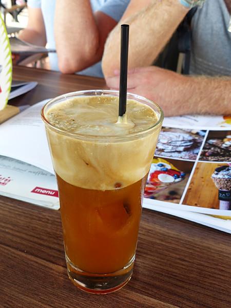 café frappé à Égine