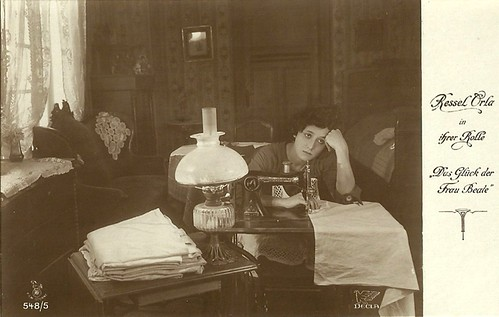 Ressel Orla in Das Glück der Frau Beate (1918)