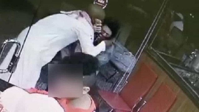 5007 Saudi Man arrested for kissing an expat woman forcefully