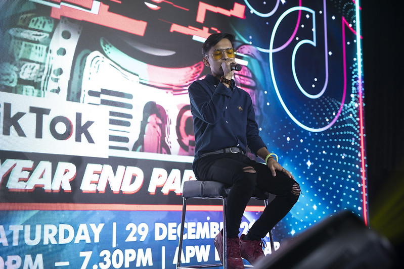 P3 - Aiman Tino Performing At The Tiktok Year-End Party