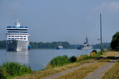 Kreuzfahrt und Krieg liegen oft dicht beieinander ...