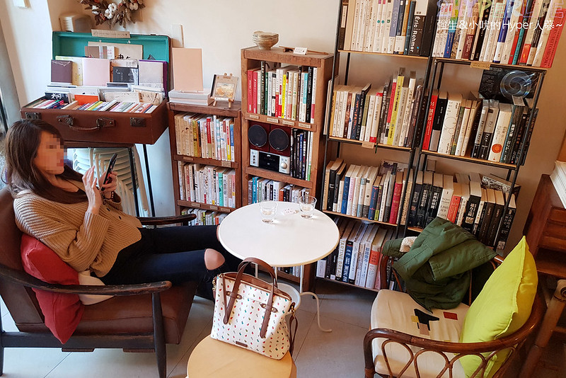 一本書店 (8)