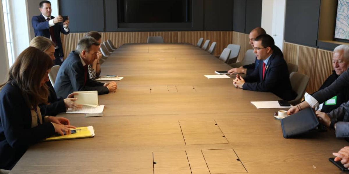 Canciller Arreaza sostiene encuentro bilateral con el Presidente del Comité Internacional de la Cruz Roja
