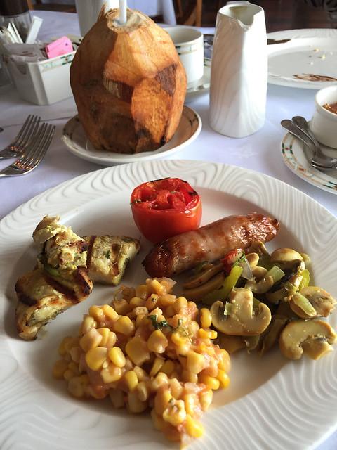 Serena Inn breakfast