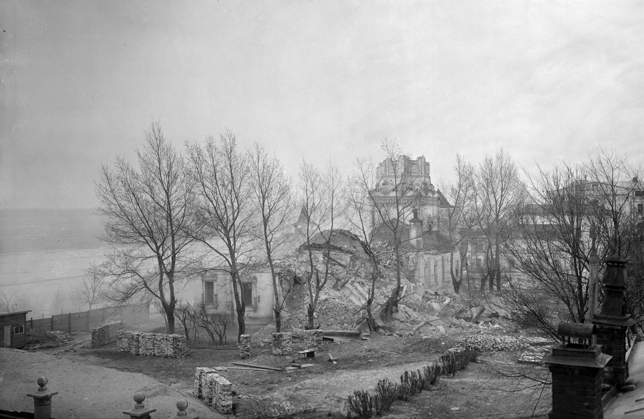 Разрушенная Георгиевская церковь