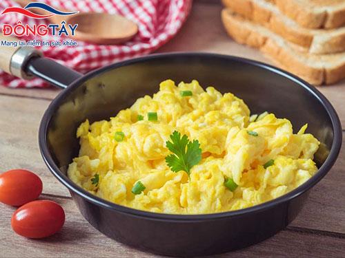 Người bệnh tiểu đường có thể ăn trứng nhưng nên ăn vừa phải