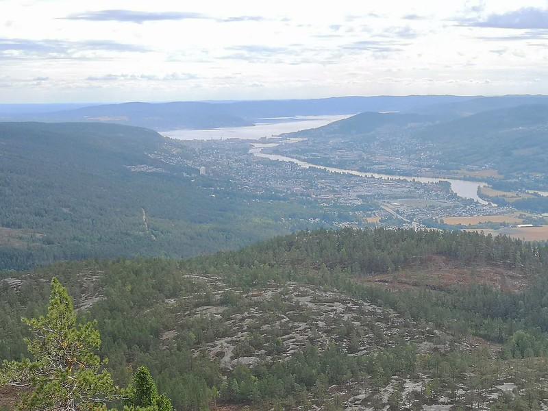 06-Utsikt mot Drammen fra Solbergvarden