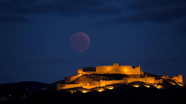 greece-lunar-eclipse-supermoon
