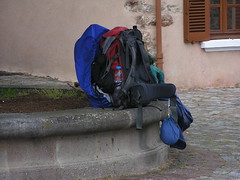 20080515 23392 0905 Jakobus Champdieu Pilger Rast Rucksack