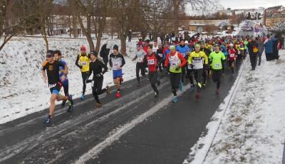 Na Kosíři se běželo po sněhu. Křivohlávek a Horčičková si vítězství pohlídali