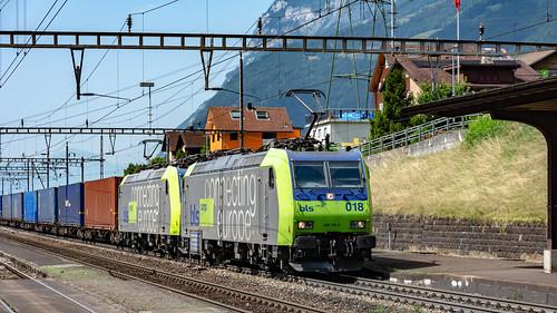 BLS Re 485s 018 & 007 Amsteg-Silenen 07 July 2015 (1)