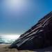 Rocks, Sand, Sun and Ocean por KVSE