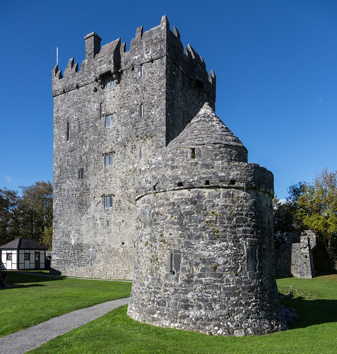 Aughnaure Castle