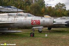 2718---662718---Polish-Air-Force---Mikoyan-Gurevich-MiG-21U-600---Savigny-les-Beaune---181011---Steven-Gray---IMG_5629-watermarked