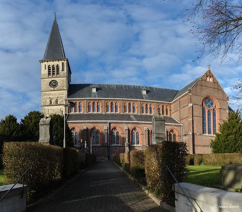 Eigenbilzen, Sint-Ursulakerk.