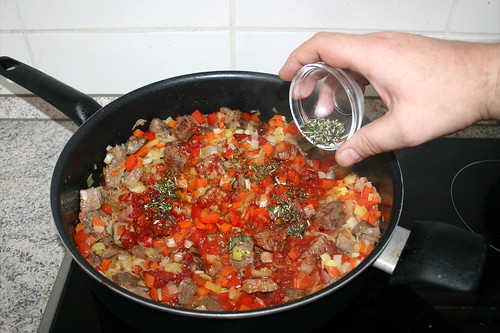 25 - Rosmarin in Pfanne geben / Add rosemary to pan