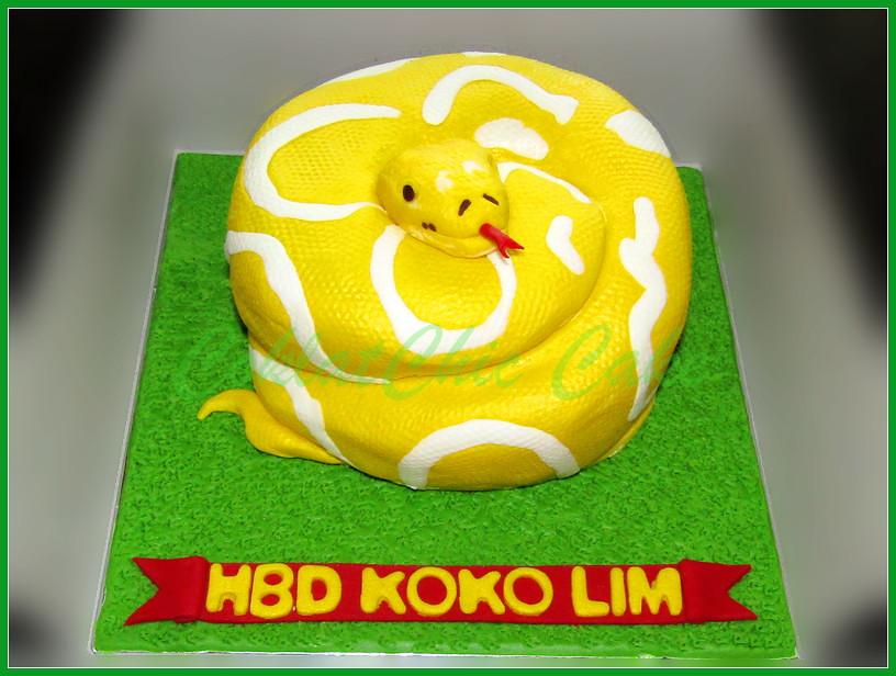 Cake Ular Phyton Albino KOKO LIM 15 cm