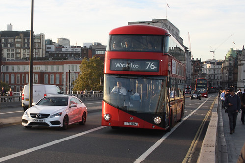 Go-Ahead London LT892 LTZ1892