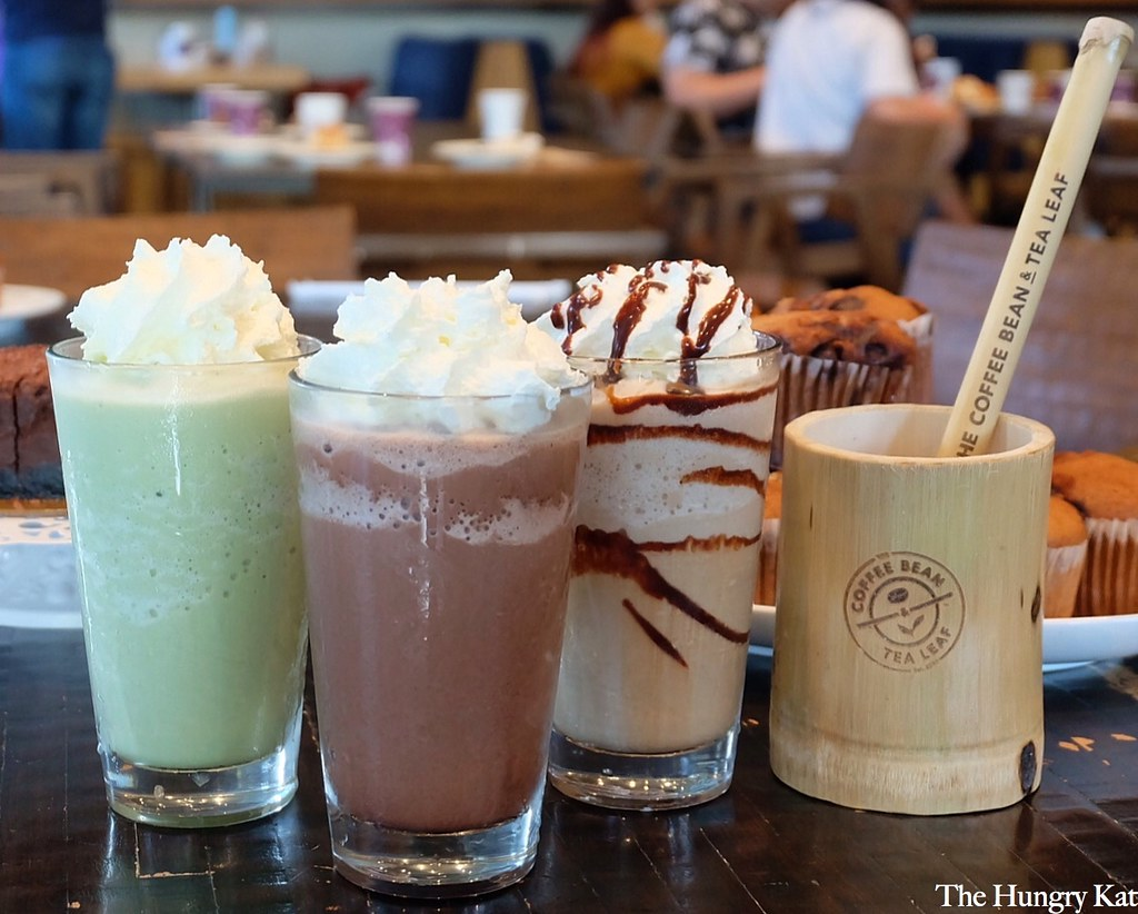 The Hungry Kat Coconut Ice Blended Beverages At The Coffee Bean