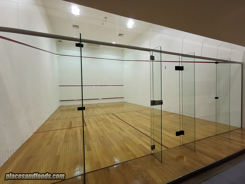 eastin thana city resort squash