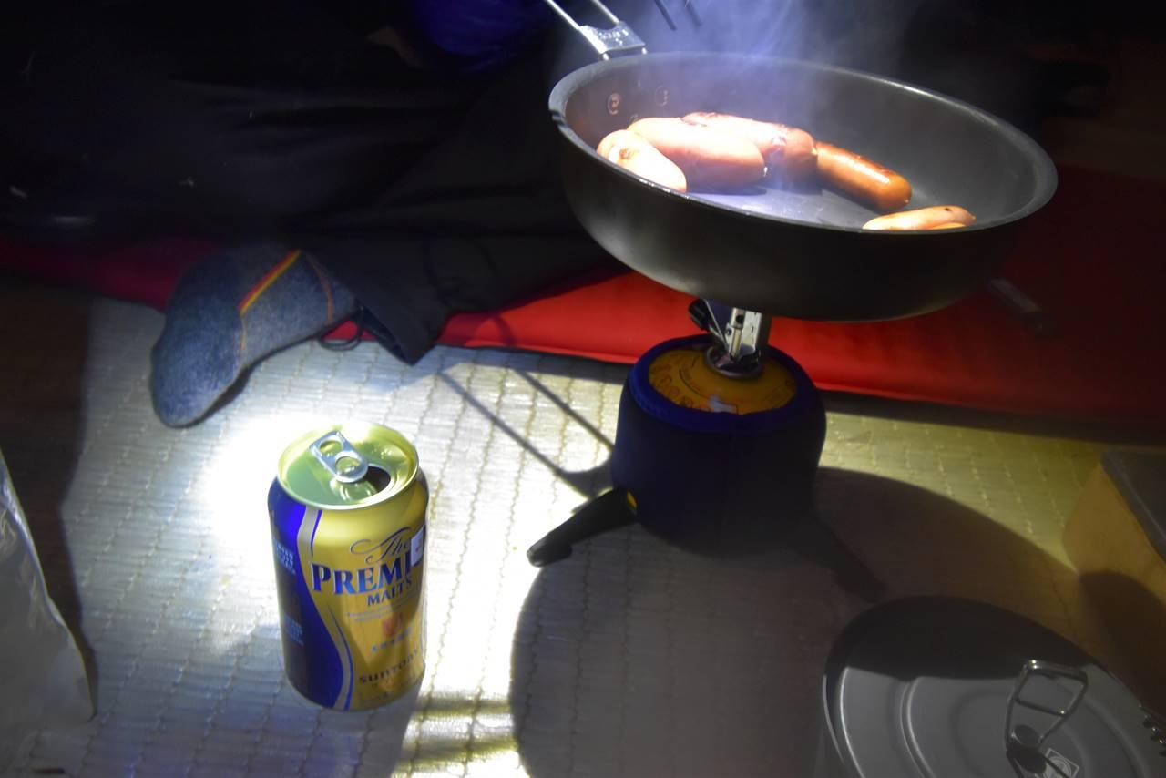 三伏峠冬季小屋で宴会