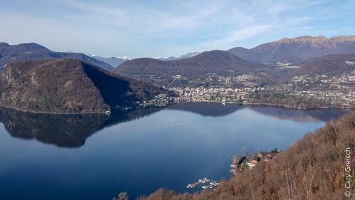 Le Lago di Lugano, le Monte Caslano et Caslano vus depuis le Sasso delle Parole (Casoro, Ticino) (27/12/2018 -03)