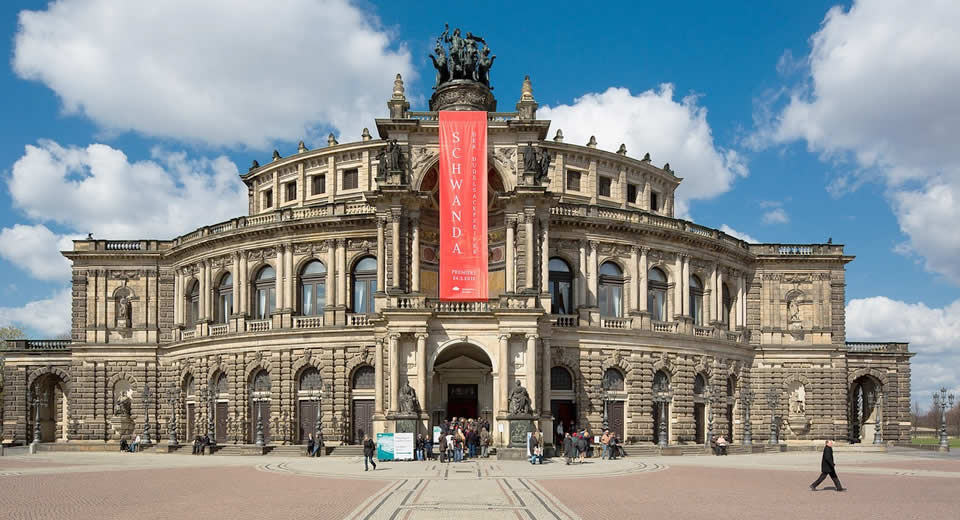 Dresden bezienswaardigheden: Semper Oper | Mooistestedentrips.nl