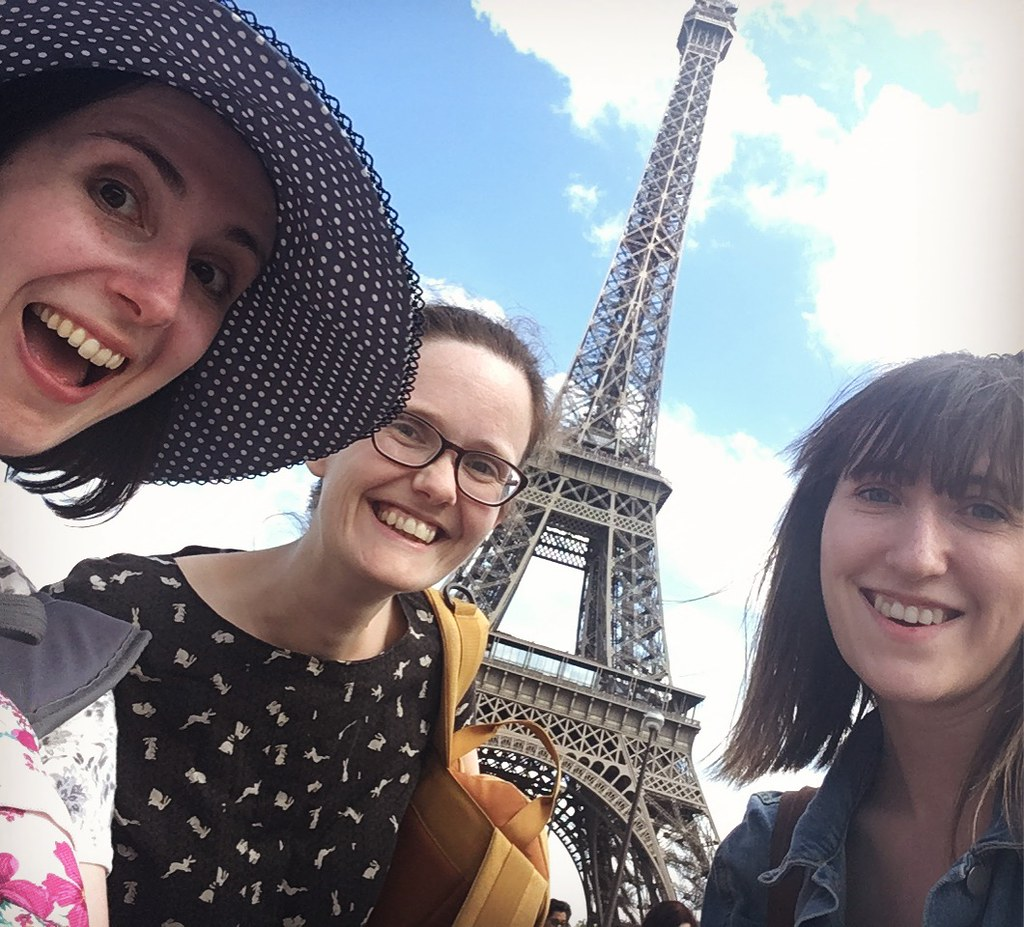 Mollie, Katie, and Anna in Paris!