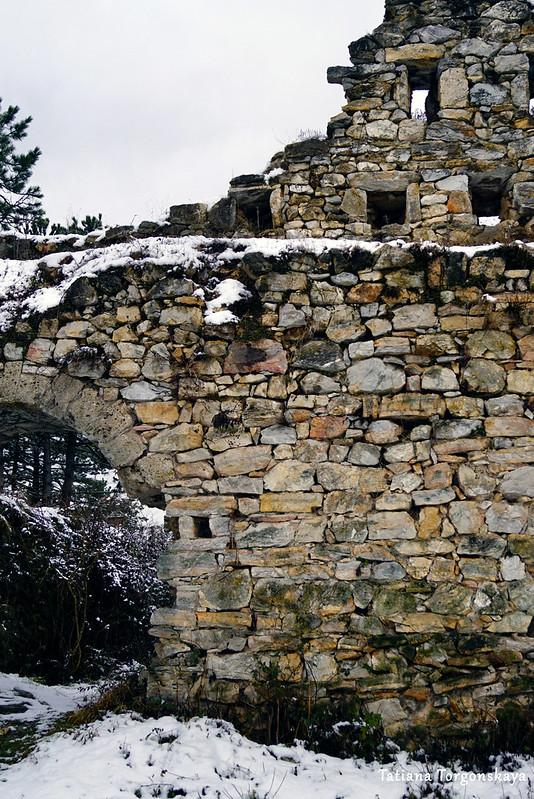 Проход в крепостной стене