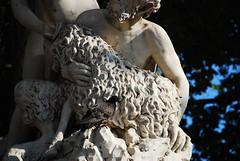 Croacia. Dubrovnik. Fuente del pastor, la muchacha y el fauno (20)