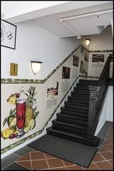 Stairway to Raffles Long Bar-1=