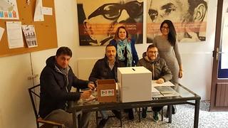 Il seggio allestito in via Orlandi
