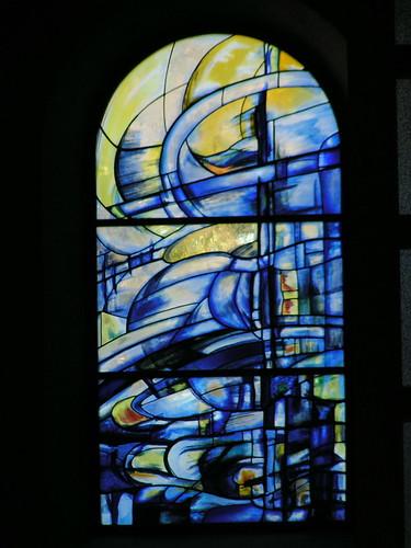 20080830 28583 Jakobus Montbrison Kloster Fenster blau