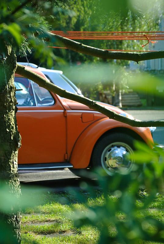 Orange_car_Oulu