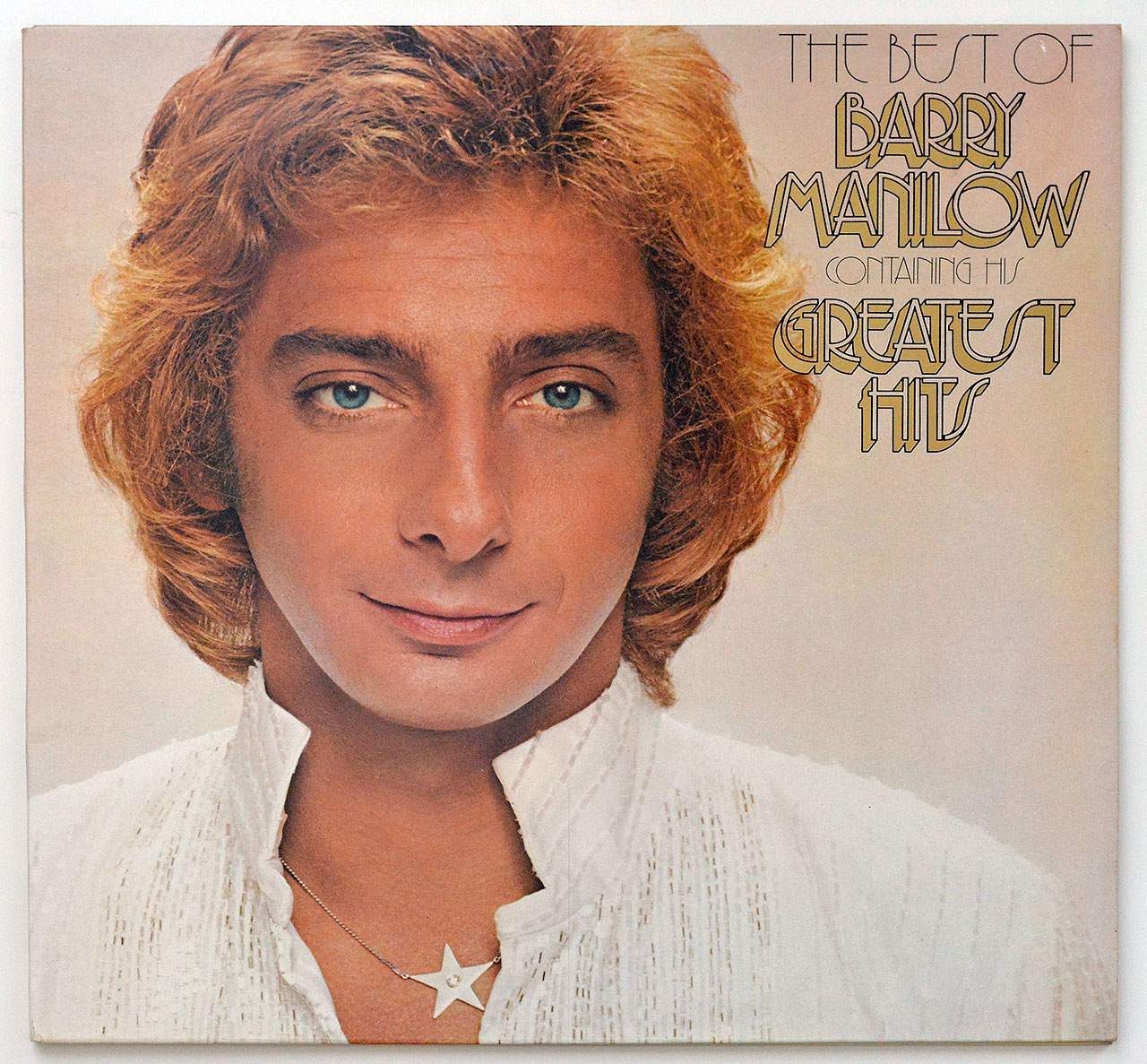 A0690 BARRY MANILOW The Best of Barry Manilow (OIS)