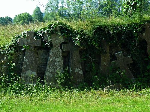 20090531 103 1110 Jakobus Sauvelade Klosterkirche Kreuze