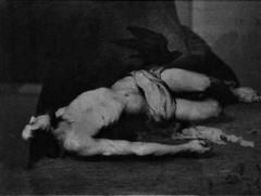 4 - Courbevoie - Musée Roybet Fould - Théodule Ribot, L'esprit et la chère - Saint Vincent protégé par les corbeaux, Vers 1867 - Crayon, pierre noire et fusain, rehauts de craie blanche