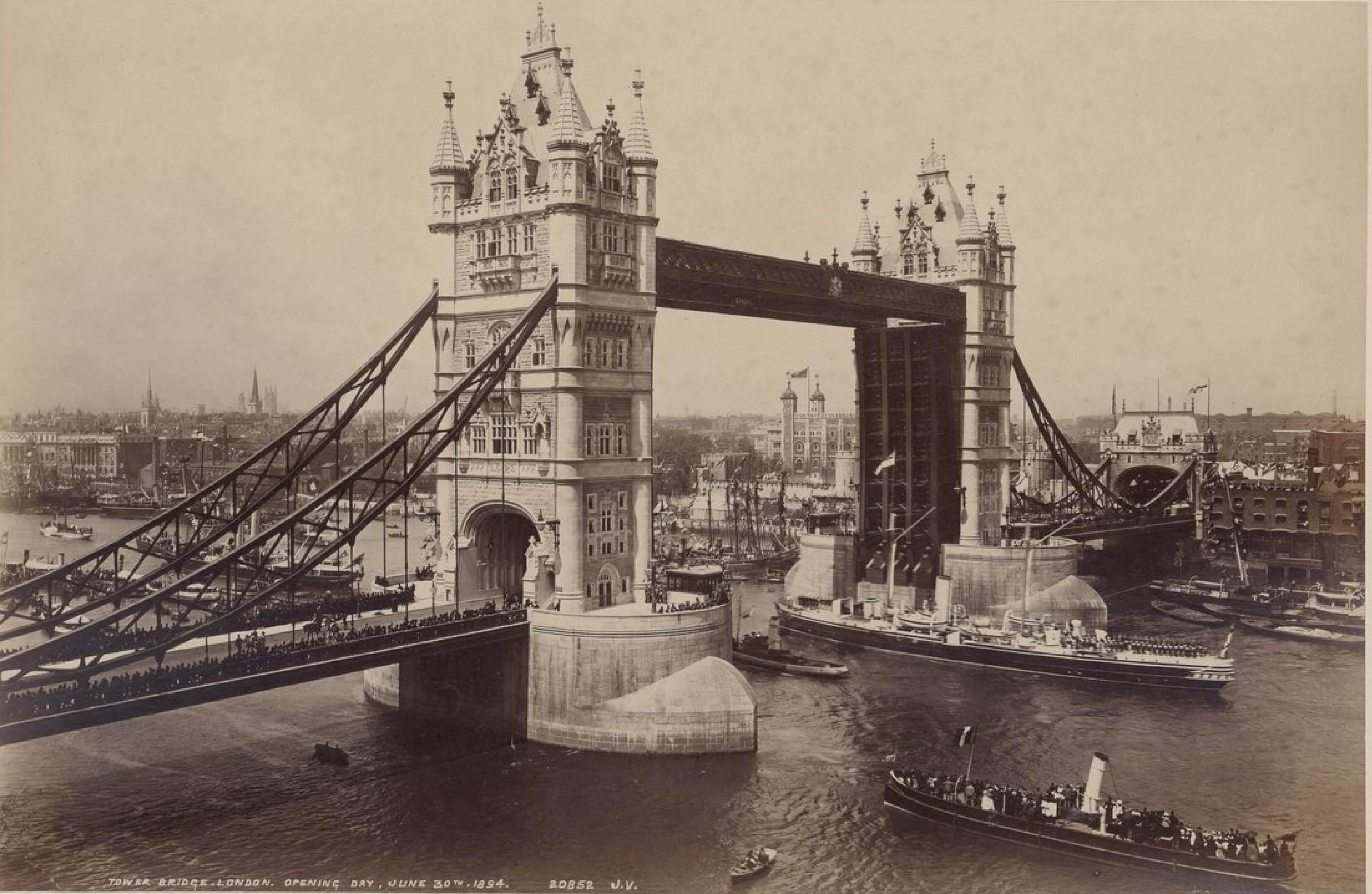 Тауэрский мост, 30 июня 1894