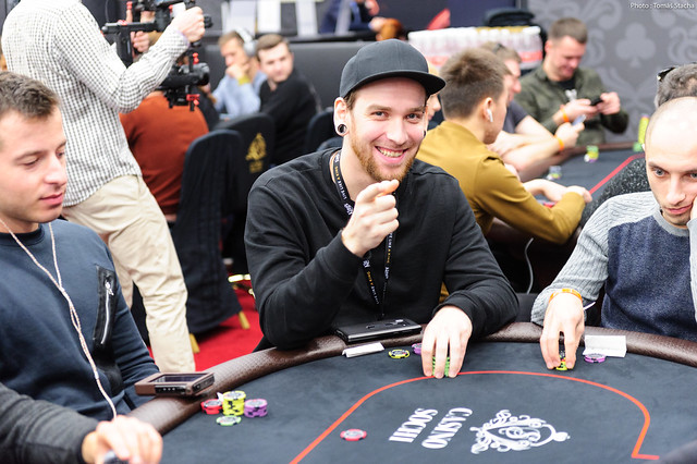 11 39 Am Pst Jan 23 2019 Level 8 250 500 500 Ante Anatoliy Filonenko By Lisa Yiasemides After Eight Hours Of Action Packed Play Here At Casino Sochi Anatoliy Filonenko Pictured Above Has Finished At The Top Of The Counts For Day 1c Bagging