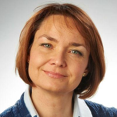 Portrait photograph of Professor Ania Zalewska