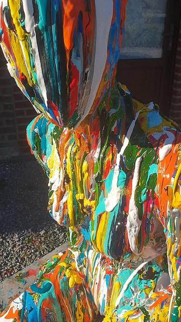 Colorful Abstract Painting on a Dummy by Artist Ben Heine / Peinture Abstraite Colorée par l'Artiste Ben Heine