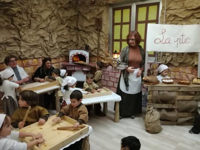 il presepe scuola dell'infanzia di via Amendola
