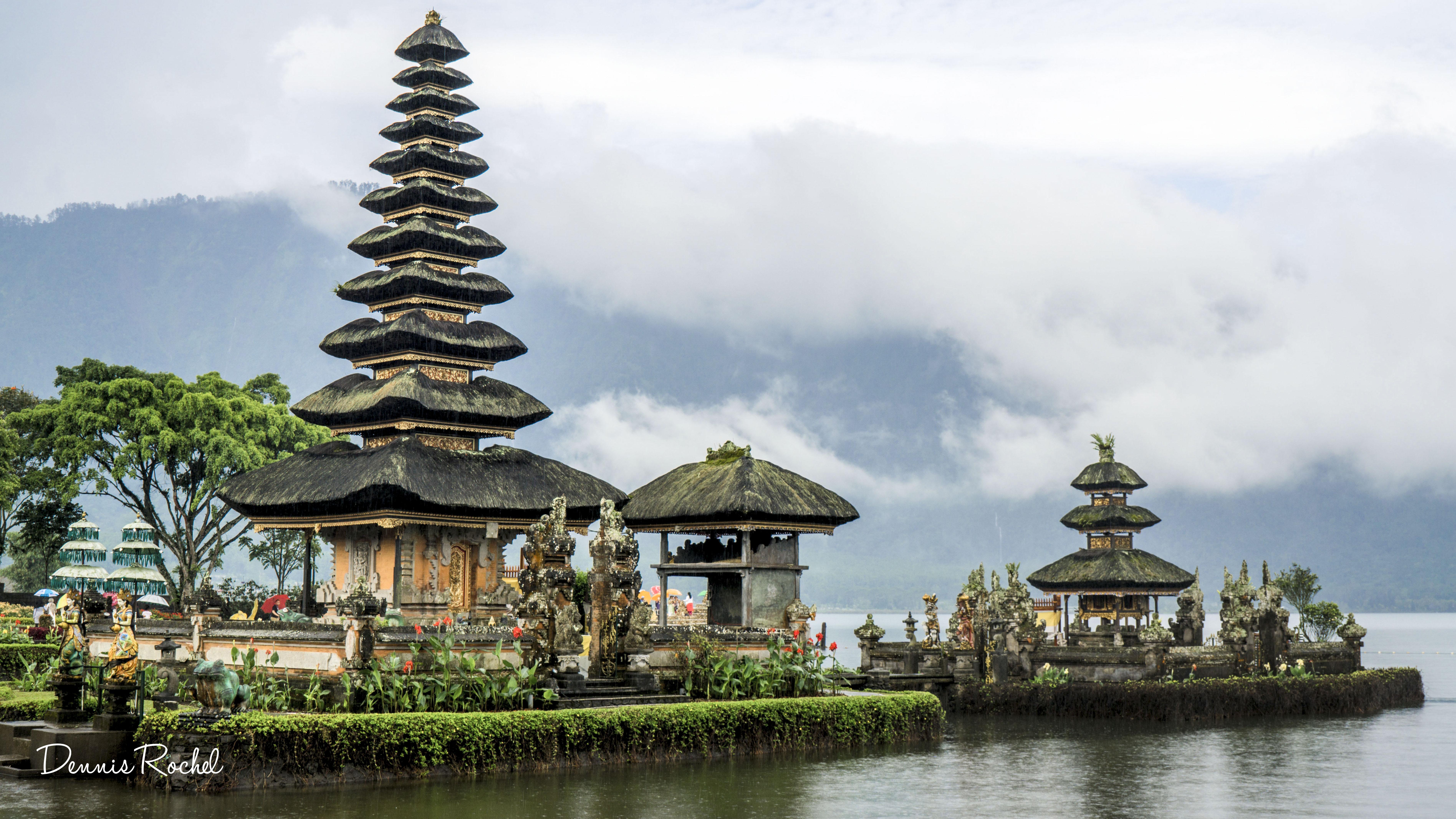 những ngôi đền ở Bali-Pura Tunjung Beji Ulun Danu Beratan